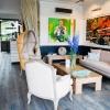 MontaukBeachHouse-058_Lobby-WEB